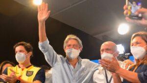 Maillot de bain Elecciones en Ecuador: con el 97% de las mesas escrutadas, Lasso se proclamó presidente