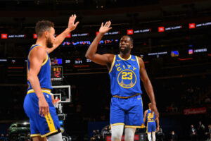 Maillot de bain Draymond Green Celebrates Steph Curry's Warriors Legacy After Scoring Milestone
