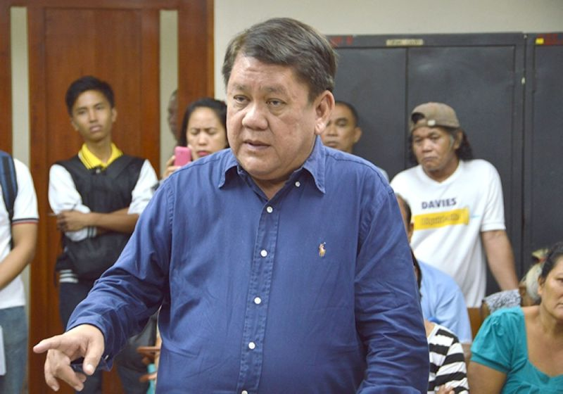 Maillot de bain Osmeña questions Labella's P49-M finances for residents littered with Covid-19 disaster