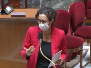 Maillot de bain L'Assemblée vote le durcissement des mesures contre l'artificialisation des sols
