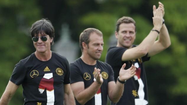 Maillot de bain Flick als möglicher Bundestrainer: Die Stunde der Taktiker bricht an