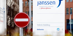 Maillot de bain Close of J&J vaccine was as soon as the honest name, train 88% of polled People