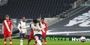 Maillot de bain Hasil Pertandingan Tottenham vs Southampton: Skor 2-1