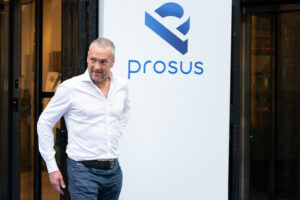 Maillot de bain Naspers-owned Prosus to make investments $80m in European on-line trader