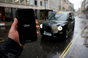 Maillot de bain Nurse 'Sank Her Enamel Into' Uber Driver in Violent Rampage Caught on Video