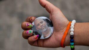 Maillot de bain DMX mourned at Fresh York memorial carrier