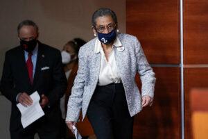 Maillot de bain D.C. statehood: Advancing the motive for Democrats? Or democracy?
