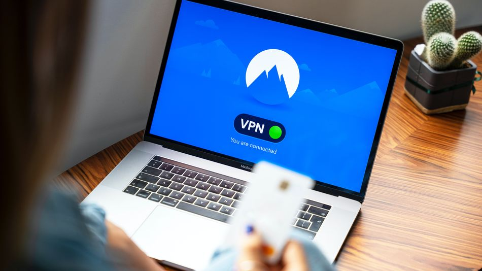Maillot de bain Encrypt your cyber web connection for under £3 a month with NordVPN