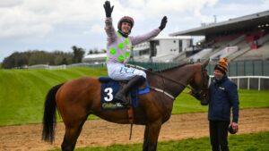 Maillot de bain Advantage Townend in champion jockey scramble