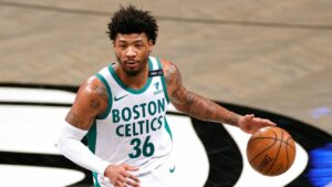 Maillot de bain Celts' Orderly suspended for 'threatening language'