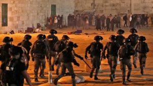 Maillot de bain Más de 50 heridos en jornada de choques entre palestinos e israelíes