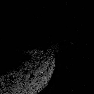 Maillot de bain NASA's OSIRIS-REx Spacecraft Heads for Earth with Asteroid Sample