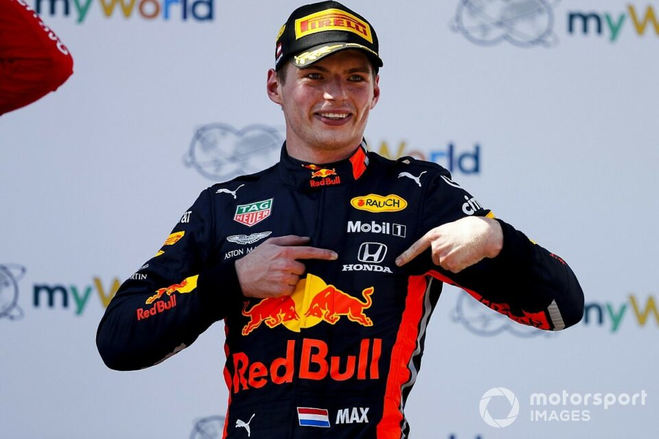 Maillot de bain Verstappen principles: The impact of F1's youngest extensive name