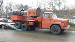 Maillot de bain Cum arată camionul Tatra cu motor de MIG? Este de vânzare!