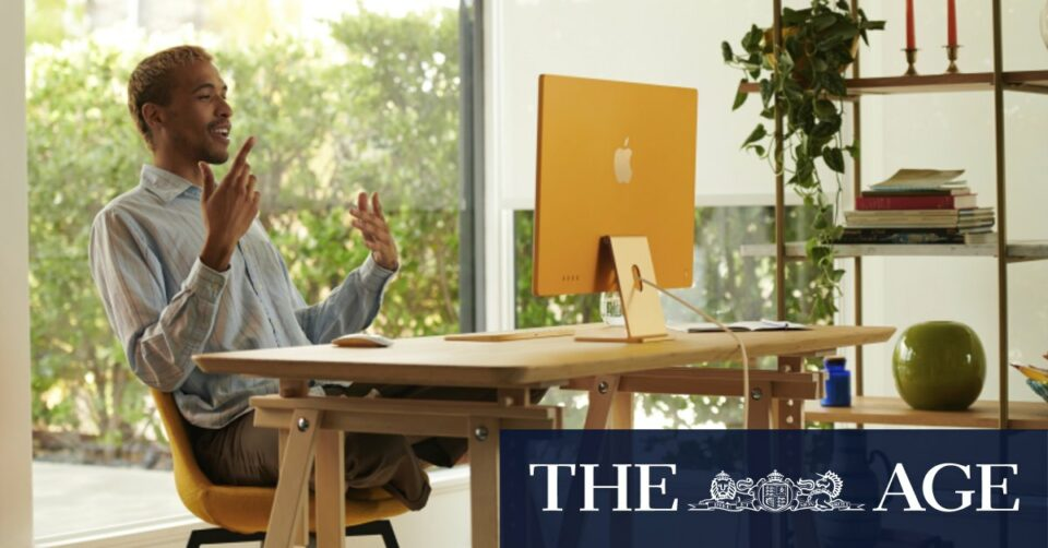 Maillot de bain Apple's vivid iMac reminds us that desktop computers exist