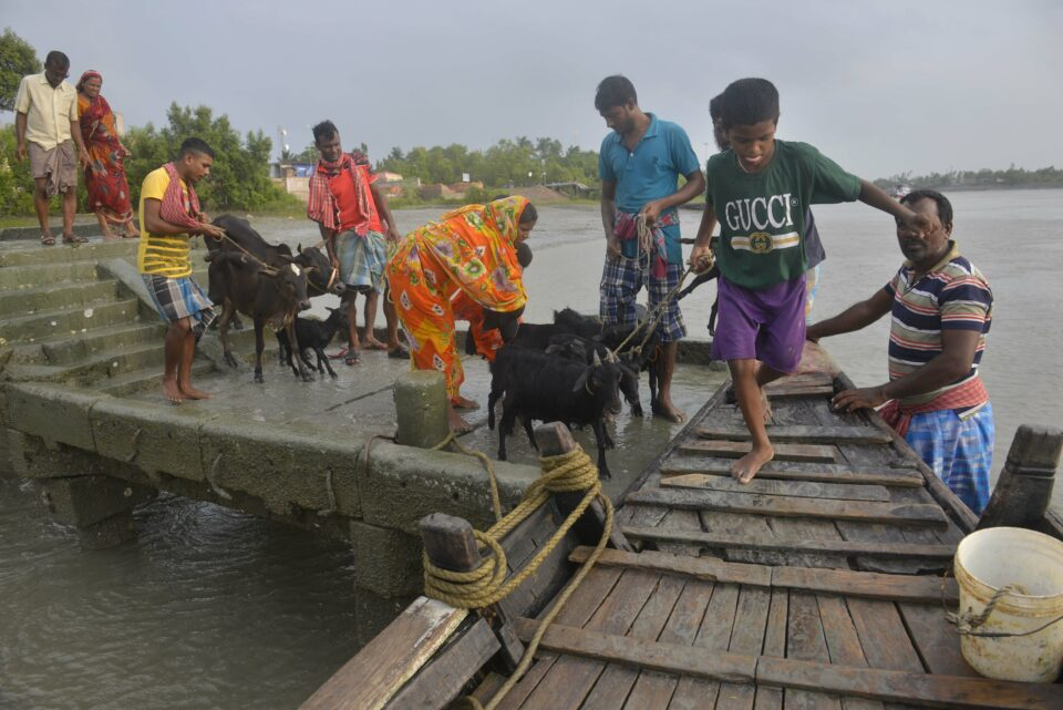 Maillot de bain PM Modi to assess impact of Cyclone Yaas, use conferences in West Bengal
