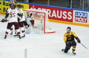Maillot de bain Eishockey-WM in Riga: Deutschland zieht ins Viertelfinale ein
