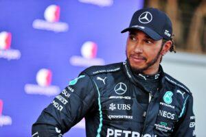 Maillot de bain Crimson Bull-profilen om Hamilton-suksess: Mercedes ofret Bottas
