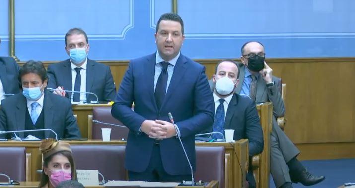 Maillot de bain Eraković: Bečić neka ne koristi DPS da se iza nas krije
