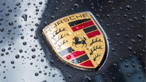 Maillot de bain Porsche Enters NFT Market Launching Trading Card Platform Fanzone