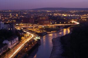 Maillot de bain 8 founders, leaders spotlight fintech and deep tech as Bristol's high sectors
