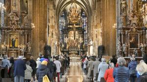 Maillot de bain Beschluss – Auch Kirchen können ab 1. Juli Corona-Maßnahmen lockern