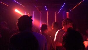 Maillot de bain Österreich öffnet Nachtclubs: «Auf ganz dünnem Eis»