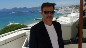 Maillot de bain Festival de Cannes 2021 : pour François Ozon, son film «Tout s'est bien passé» «laisse le spectateur libre de s'interroger sur son propre rapport à la mort»