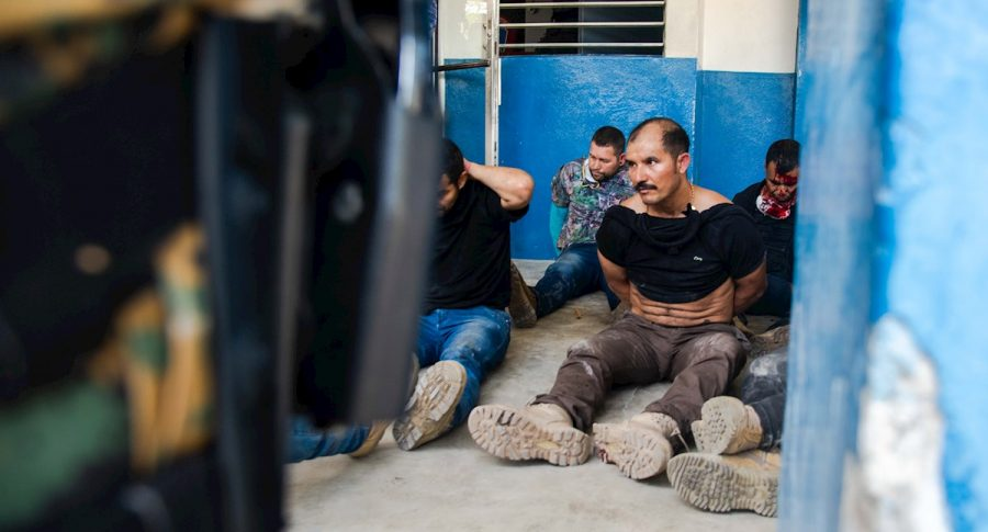 Maillot de bain Se conocen chats sobre cómo estaban organizando a colombianos detenidos en Haití
