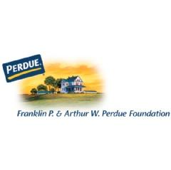 Maillot de bain Perdue Farms awards $75,000 in scholarships to fifteen teens of Perdue associates and farm companions