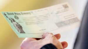 Maillot de bain Millones de familias recibieron primer pago del crédito tributario por hijos ampliado