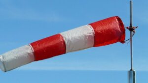 Maillot de bain Gard : les fortes rafales de vent mettent les pompiers en alerte