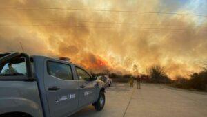 Maillot de bain Bomberos lograron controlar un alarmante incendio sobre la autopista Córdoba-Carlos Paz