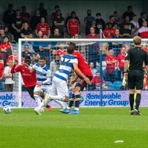 Maillot de bain 'Accurate mix' as thousands of United away followers indulge in QPR outing