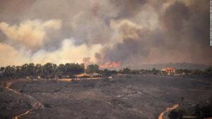 Maillot de bain Los incendios forestales azotan España y causan un 'desastre sin precedentes' en Cerdeña