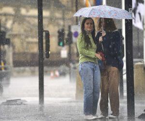 Maillot de bain Jak bude o víkendu: počasí v neděli překvapí, přelom měsíce přinese mokrou facku