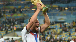Maillot de bain World Cup winner Howedes joins Flick's new Germany contrivance-up – FRANCE 24