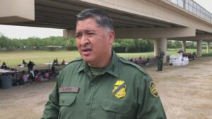 Maillot de bain 'That's going to get somebody killed': West Texas turns into most up-to-date border battleground
