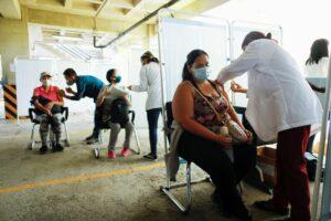 Maillot de bain Rusko vytrasovalo superpřenašeče koronaviru. Nakazil 1500 lidí
