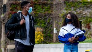 Maillot de bain Delta a Danger on Campus: Support to College Amid COVID Surge