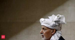 Maillot de bain How Afghanistan's Ashraf Ghani went from president to villain in hiding