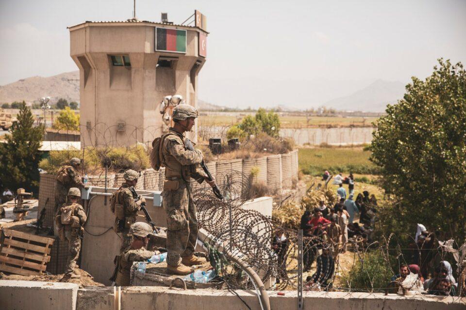 """Maillot de bain Trupele americane au ieșit de pe aeroportul din Kabul pentru a recupera 169 de oameni. Pentagon: """"Nu a fost o operațiune de salvare"""""""