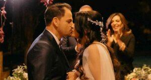 """Maillot de bain Cantora gospel Damares celebra bodas de prata: """"Um amor que vem de Deus"""""""