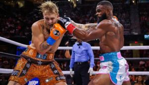Maillot de bain Tyron Woodley continues to fling after Jake Paul, claims he's his 'daddy'