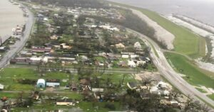 Maillot de bain Aerial video, images illustrate scale of damage left by Typhoon Ida in Louisiana