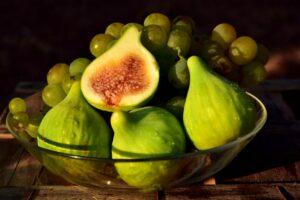 Maillot de bain 6 razloga zašto bi trebalo da jedete smokve: Zdrave su i sveže i suve, štite od raka i holesterola
