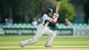 Maillot de bain Worcestershire continue to exist Parkinson's feat to cease in on victory