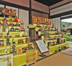 Maillot de bain 【福井】秋のひな人形、古民家に飾る 福井で「重陽の節句」