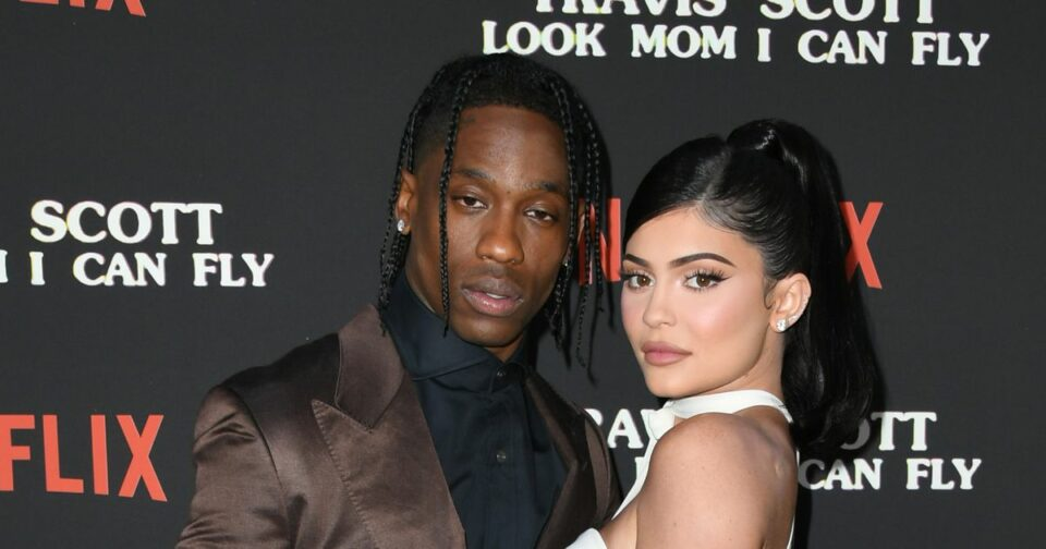 Maillot de bain Kylie Jenner and Travis Scott Verify Pregnancy