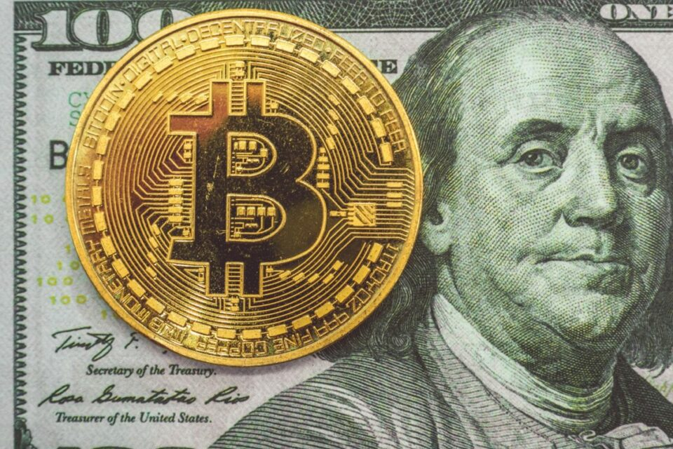 Maillot de bain Bitcoin's [BTC] fall wipes out $4B delivery interest, absolute top since mid-Would possibly well also promote-off